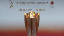 La foto tomada el 24 de marzo de 2020 muestra la llama de los Juegos Olímpicos de este año en Tokio exhibidos en Fukushima. (Foto: Kyodo News a través de Getty Images)