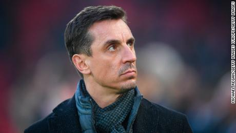 Gary Neville, ex defensor del Manchester United, dice que el regreso del EPL puede esperar.