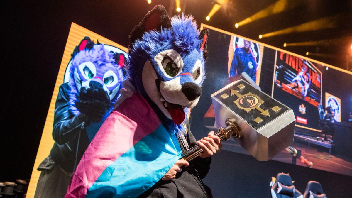 SonicFox gana el Campeonato Mortal Kombat 11, grita Bernie Sanders