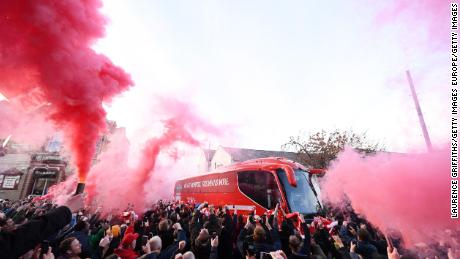 Un posible regreso a la Premier League divide a los fanáticos arriba y abajo