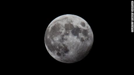 El eclipse lunar comienza la primera de 13 lunas llenas en 2020