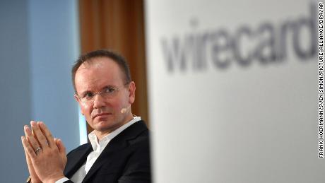 El CEO de Wirecard se rinde después de perderse $ 2 mil millones y de presunto fraude
