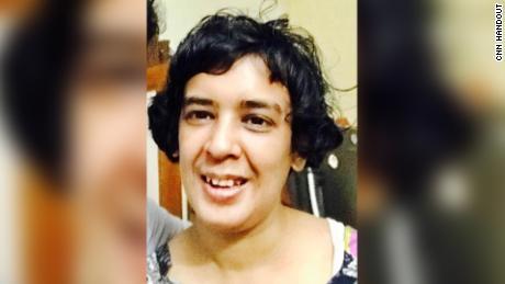 Shahana ChandA, de 34 años, fue llevada a al menos cinco hospitales a principios de junio, según su tío, Shahid Siddiqui, un político local.