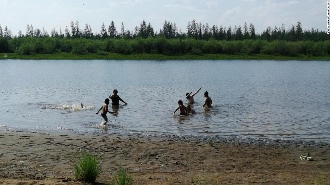 Las temperaturas en la ciudad siberiana ártica han alcanzado los 100 grados, un nuevo récord