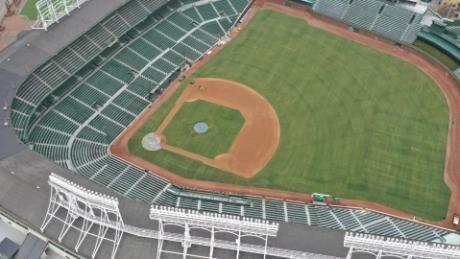 La MLB debería terminar la temporada de béisbol en octubre, dice el Dr. Fauci, el LA Times